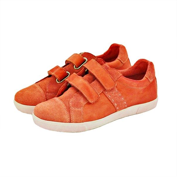 Фото 2: Красные кроссовки Naturino для детей