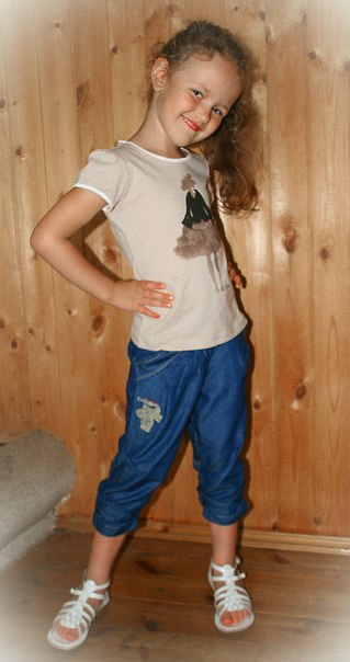Фото 3: детские бриджи Catimini синего цвета
