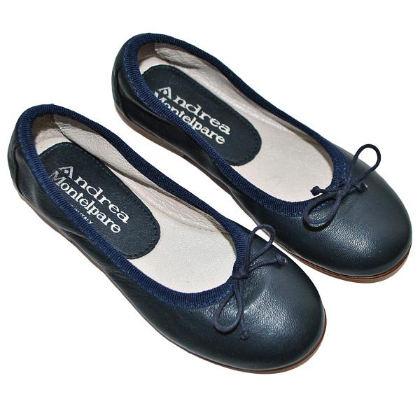 Фото 2: Черные туфли Andrea Montelpare для девочек