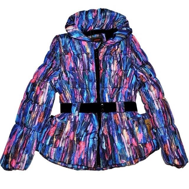 Фото 1: Зимняя куртка Catimini в модной расцветке
