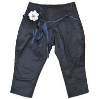 Удобные и практические детские брюки укороченные силуэта.Состав: 95%cotone, 5% elastam. Фото: 1