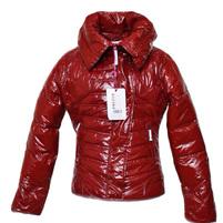 Фото 1: Короткая куртка Ativo красная лакированная