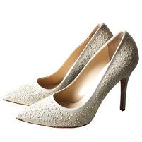 Замшевые одноцветные туфли с узким носком, аппликации металлизированными нитями, кожаная подошва, обтянутый каблук-стилет. Картинка: 1